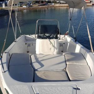 Family Deluxe (8 people, 5m)5 Trident Boats