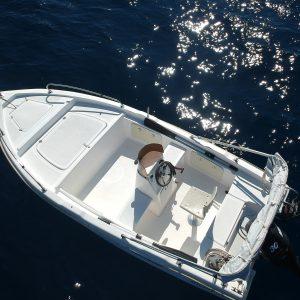 lefkas boats